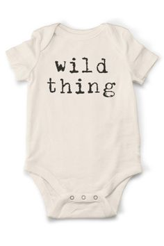 10 Things The Baby's Kicks Are Saying About The Pregnancy - Opprest Baby Outfits, Newborn Outfits, Newborn Fashion, The Babys, New Born Boy, Baby Shower, Baby Arrival, Pregnant Mom, Baby Sleep