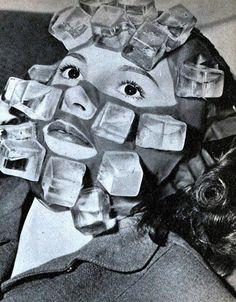 """""""A máscara de gelo, também inventada por Max Factor, era confeccionada com cubos de plástico. Essa técnica era uma das mais populares em Hollywood nos anos 40. © London Media"""" Fonte: http://obviousmag.org/"""