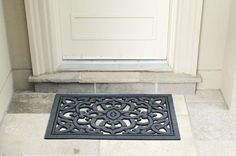 Simple, classic, traditional. Perfect! Doormats, Front Door Decor, Sustainability, Eco Friendly, Traditional, Simple, Classic, Green, Home Decor