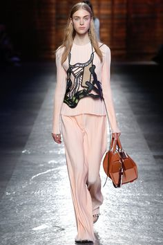 Emilio Pucci Spring 2016 Ready-to-Wear Fashion Show