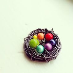 Wire Bird's Nest Pendants! - How about with birthstone beads for Nana's and Mom's?