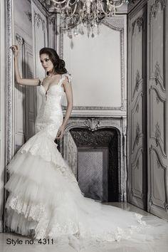 Sheath Wedding Dress : dress style no. Wedding Dress Organza, 2015 Wedding Dresses, Wedding Dress Styles, Bridal Dresses, Wedding Gowns, Tulle Wedding, Wedding Trends, Dream Wedding, Wedding Ideas