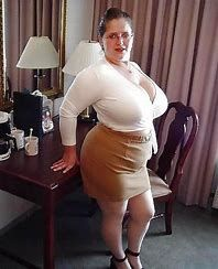 Afbeeldingsresultaten Voor Fat Mature In Tight Dress