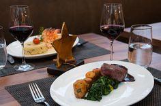 Rindsfilet mit Rotweinsauce, Blattspinat, Kräuterkartoffeln Kraut, Fine Dining, Steak, Restaurant, Dinner, Food, Food Menu, Cooking Recipes, Cooking