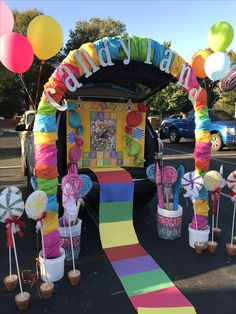 Candy Party Ideas Candy Land theme Trunk-or-Treat Candy Land theme Trunk-or-Tr Halloween Car Decorations, Candy Decorations, Theme Halloween, Fall Halloween, Candy Land Theme, Candy Theme Birthday Party, Birthday Parties, Candy Land Party, Candy Party Themes