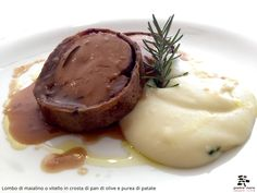 Lombo di maialino in crosta di pan di olive e purea di patate - Spirito Mediterraneo Modica