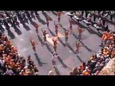 UT Majorettes - Salute to the Hill - 2007 - YouTube
