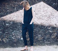 Tendance salopette 2017 Linen Jumpsuit Linen Overall Navy Blue Linen Overall by OffOn Navy Jumpsuit, Blue Overalls, Blue Jumpsuits, Knitting Accessories, Bleu Marine, Ethical Fashion, Passion For Fashion, Normcore, Etsy