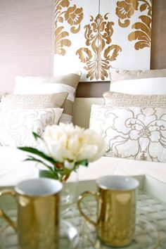 Home-Styling...love the gold tea/coffee cups