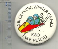 VINTAGE 1980  XIII OLYMPIC WINTER GAMES LAKE PLACID PIN Pinback Button Badge