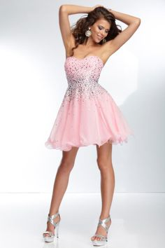 18 Short Prom Dresses You Have To See