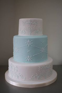George's Marvellous Cakes - 3 tier blue/white wedding cake with scroll work piping. Wedding Cakes With Cupcakes, Cupcake Cakes, Dream Wedding, Wedding Fun, Lace Wedding, Blue White Weddings, Frozen Snowflake, Occasion Cakes, Beautiful Cakes