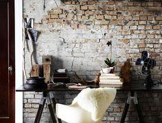 geen bakstenen muur tot je beschikking? Ga dan voor een behang met bakstenen - Makeover.nl