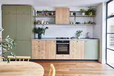 modern plywood kitchen with khaki green laminate and sweet chestnut veneer Purple Kitchen Decor, Kitchen Decor Themes, Vintage Kitchen Decor, Farmhouse Kitchen Decor, Home Decor, Modern Retro Kitchen, Sage Green Kitchen, Country Farmhouse, Modern Kitchen Furniture