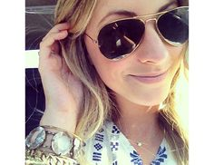 How To Take A Good Selfie: Tips from Instagram's Top Stars