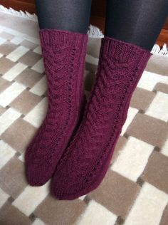 Knitting Socks, Knit Crochet, Crafts, Knits, Style, Diy, Inspiration, Fashion, Knit Socks