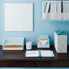 Cute desk organization idea