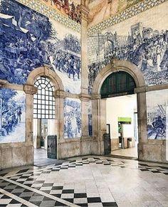 SUCH a glorious room! The Sao Bento train station in Porto, Portugal. Visit Portugal, Portugal Travel, Spain And Portugal, Portugal Porto, Portugal Trip, Anastasia, La Croix Valmer, Portuguese Tiles, Portuguese Culture