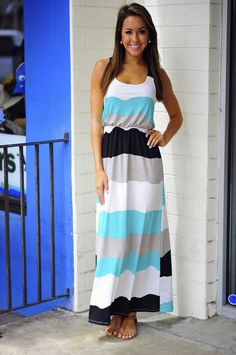 I love color block and Maxi dresses. SOOOOOO what's not to love about this?