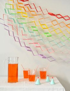 DIY Geometric Rainbow Garland Tutorial by oh happy day Diy Origami, Diy Girlande, Diy And Crafts, Paper Crafts, Party Garland, Diy Banner, Ideas Geniales, Idee Diy, Backdrops For Parties