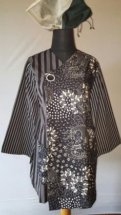 Lurik klasik + batik lasem . Www.giantifashion.com