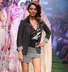 Gauri Khan ramp walk