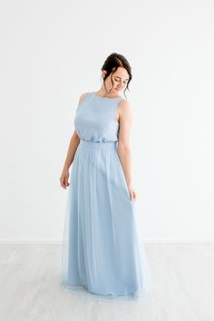 Two-pieces for bridesmaids. Tulleskirt for bridesmaids in many colors. Individual bridesmaids look. Dusty Blue, Bridesmaid Skirts, Bridesmaids, Two Pieces, Maid Of Honor, Formal Dresses, Wedding Dresses, Outfit, Colors