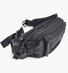 Porter Heat Waist Bag | Black | Bags | 703-06979-BLK | Caliroots