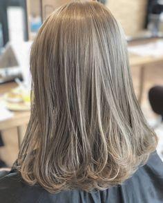 Blonde Hair Korean, Korean Hair Color, Dark Blonde Hair Color, Ash Blonde Hair, Shot Hair Styles, Long Hair Styles, Hair Color For Morena, Onion For Hair, Ulzzang Hair