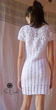 How to Crochet a Little Black Crochet Dress Crochet Beach Dress, Crochet Summer Dresses, Black Crochet Dress, Crochet Blouse, Knit Dress, Crochet Diy, Mode Crochet, Crochet Girls, Party Kleidung