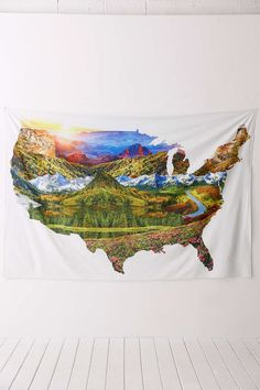 Allover USA Landscape Tapestry - Urban Outfitters