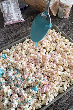 Unicorn Popcorn - A Tasty Treat! Unicorn Popcorn - A Tasty Treat! Unicorn Popcorn - A Tasty Treat!<br> Unicorn Popcorn is a tasty treat is super simple to make and only takes 2 ingredients! Make it for your next party, movie night, or just because. Unicorn Themed Birthday Party, Unicorn Birthday Parties, Birthday Party Themes, Card Birthday, Birthday Greetings, Happy Birthday, 5th Birthday, Diy Birthday Treats
