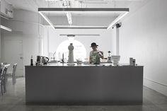 Hands & Heart Café on Freitag Pop-up Store by party/space/design, Bangkok – Thailand Retail Interior Design, Retail Store Design, Interior Decorating, Interior Ideas, Cafe Shop Design, Kiosk Design, Visual Merchandising, Salad Design, Gallery Cafe