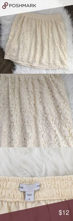 GAP cream lace skirt. GAP cream lace skirt with elastic waistband. GAP Skirts Mini