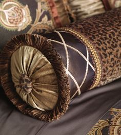 Marquise Luxury Bedding - CASSANDRA BEDSET | Luxury Bedding, Decorative Pillows, Table Runners, Ottomans, Footstools from BHD