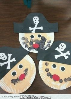 """Preschool Ideas For 2 Year Olds: More pirate preschool projects"". Paper plate pirate and treasure chest. Easy and adorable pirate crafts for kids. Pirate Preschool, Pirate Activities, Preschool Crafts, Activities For Kids, Preschool Ideas, Kids Crafts, Craft Ideas, Kids Diy, Holiday Activities"