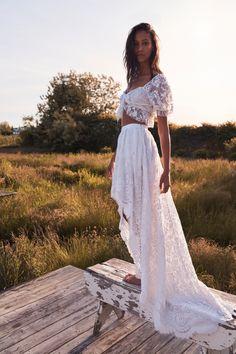 2 Piece Wedding Dress, Boho Wedding Dress, Wedding Gowns, Wedding Reception Dresses, Bohemian Style Wedding Dresses, Wedding Attire, Bohemian Bride, Bohemian White Dress, Bridal Separates