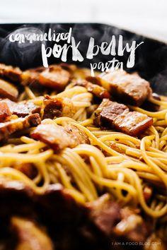 II F O O D II vietnamese caramelized pork belly pasta recipe Pork Recipes, Asian Recipes, Whole Food Recipes, Cooking Recipes, Hawaiian Recipes, Yummy Recipes, Pork Dishes, Pasta Dishes, A Food