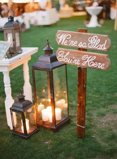 Outdoor wedding decor - Edwardian England wedding ideas | fabmood.com #vintagewedding