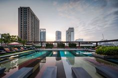 This is Hilton Hotel at Sukhumvit 24 and Double Tree Hotel by Hilton. These two hotels share the same back yard. P Landscape design the landscape for both projects. Photography team » W Workspace P...