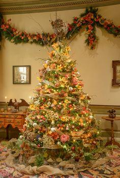 Winterthur Tree celebrating the garden in autumn Fall Christmas Tree, Merry Christmas, Brandywine Valley, Winterthur, Victorian Christmas, Christmas Decorations, Holiday Decor, Art Decor, Home Decor