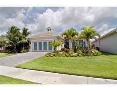 10565 La Strada, West Palm Beach, FL 33412