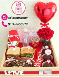 Romantic Valentines Breakfast Ideas Couples Will Love! Love Gifts, Diy Gifts, Valentines Breakfast, Candy Bouquet, Ideas Para Fiestas, Romantic Gifts, Creative Gifts, Boyfriend Gifts, Valentine Day Gifts