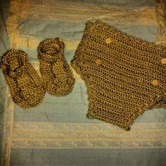 Braguita cubre pañal y sandalias a crochet
