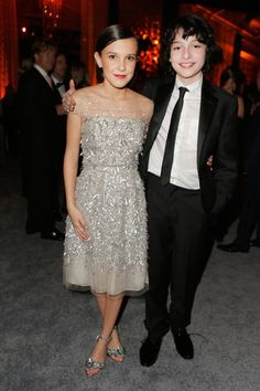 Millie Bobby Brown & Finn Wolfhard from Golden Globes 2017 Party Pics The Stranger Things youngsters posed together inside the Weinstein Company and Netflix after-party. Stranger Things Tumblr, Stranger Things Actors, Stranger Things Netflix, Mike From Stranger Things, Millie Bobby Brown, Lp Laura Pergolizzi, Just Friends, Golden Globes, Actors & Actresses
