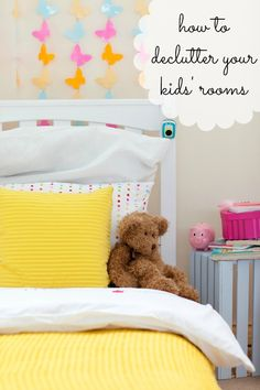 Sick of the mess and clutter? Me too! Great tips to help you declutter kids' rooms and get them organized! I especially love the clothing ideas. Genius!