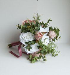 Blush brides bouquet