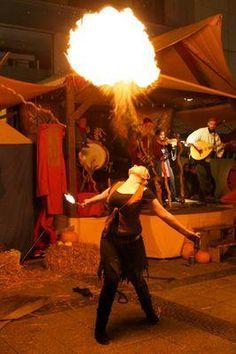 Feuershow für Mittelaltermärkte, live mit der Band La Marotte