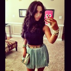 luv this outfit and her. Awesome tutorials on makeup and hair. Carlibybel.com