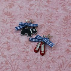 Dorothy Mismatched Earrings by WensanteSparkles on Etsy Gingham Fabric, Ruby Slippers, Wizard Of Oz, Etsy Earrings, Cute Puppies, Birthday Ideas, Blue And White, Bows, Silver